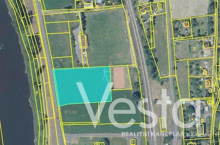 Prodej pozemků o výměře 5 642 m² v obci Těchlovice